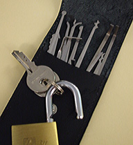 lock-picking tools, http://www.flickr.com/photos/alt-os/2073309277/